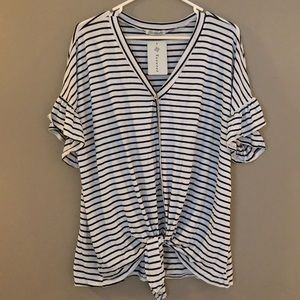 Tops - Tie front flutter sleeve tee with stripes, NWT